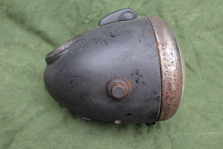 HELLA 1950 / 1960 motorfiets koplamp 100 KM teller headlamp scheinwerfer