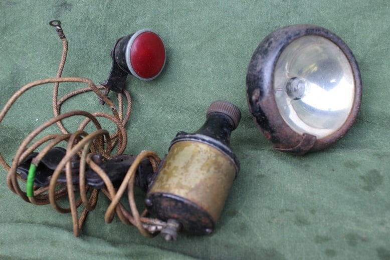 bicycle dynamo headlamp rearlight set 1940's ? England ?