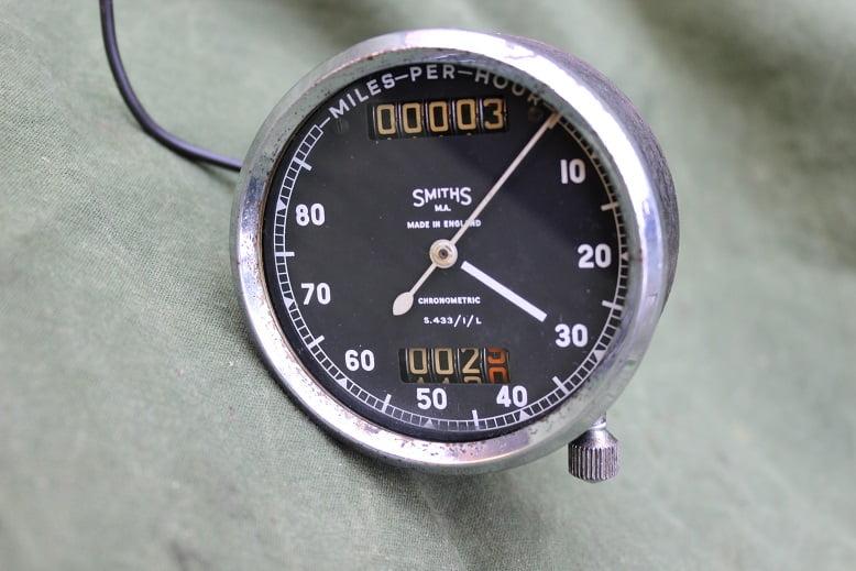 SMITHS S433/1/L 80 miles chronometric speedometer mijlenteller tacho