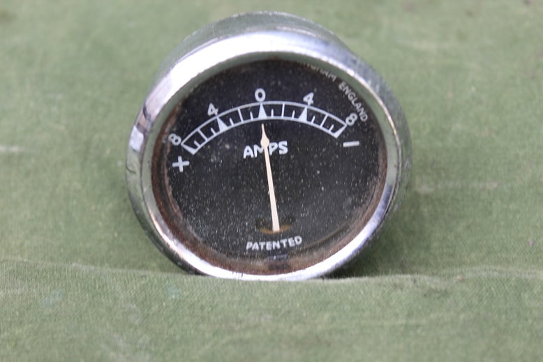 JOSEPH LUCAS BM4 8 – 8 ampere meter ammeter