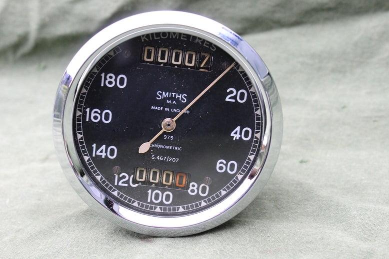 SMITHS S467/207 180 KM chronometric kilometer teller speedometer  tacho