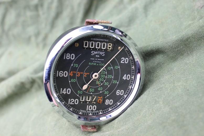 SMITHS S467/23/L 180 KM chronometric kilometer teller speedometer tacho Triumph ??