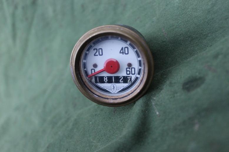 ZÜNDAPP 1958 60 KM kilometerteller speedometer tacho moped bromfiets