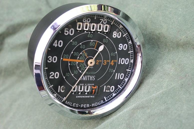 SMITHS S467/99/L 120 Mph Triumph chronometric speedometer mijlen teller tacho