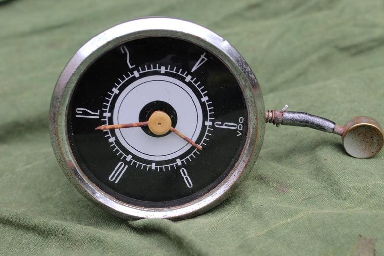 VDO auto klok car clock 1950's ? PKW Uhr