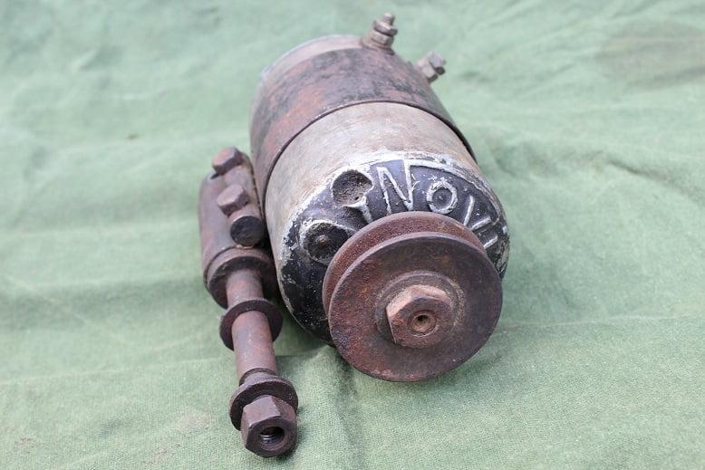 NOVI Z 45 6 pantin  1930's motorcycle flywheel dynamo motorfiets vliegwiel dynamo