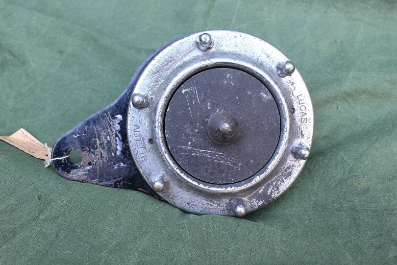 LUCAS ALTETTE HF317 6 volts claxon horn hupe klaxon HF 317