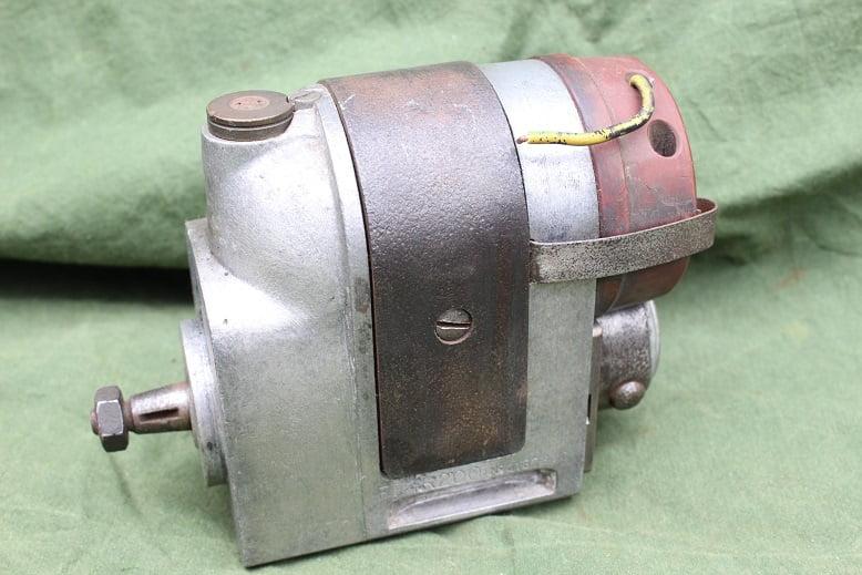 ROBERT BOSCH FF4 R 200 ontstekings magneet zundmagnet magneto FF4R200