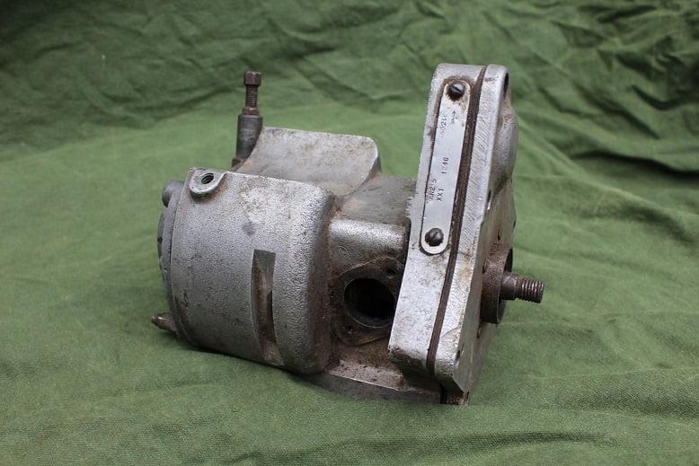 LUCAS KN2″5 XX1 twin cilinder magneto 1948 ontstekings magneet zundmagnet