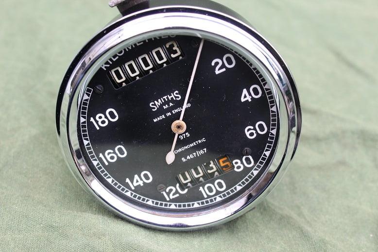 SMITHS S467/167 180 KM chronometric kilometer teller speedometer tachometer