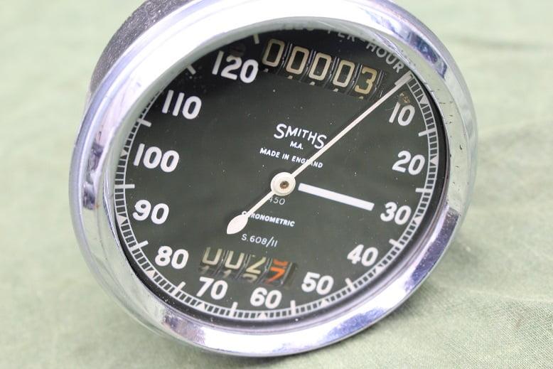 SMITHS S608/11 120 Mph chronometric speedometer tacho mijlenteller BSA ?