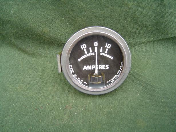 ROCHESTER USA 10 – 10 ampere meter ammeter Indian ??