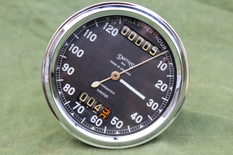 SMITHS S467/3/L 120 Mph chronometric speedometer mijlenteller tacho