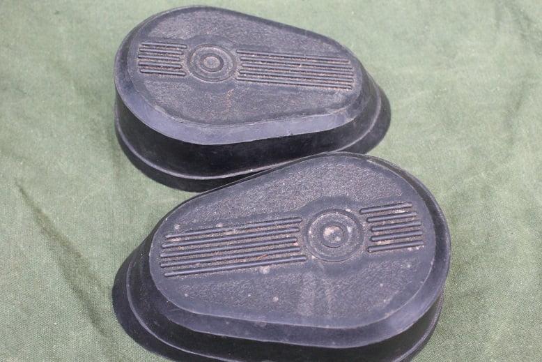 motorfiets tank knie rubbers petrol tank knee pads 1930's / 1940's  ??