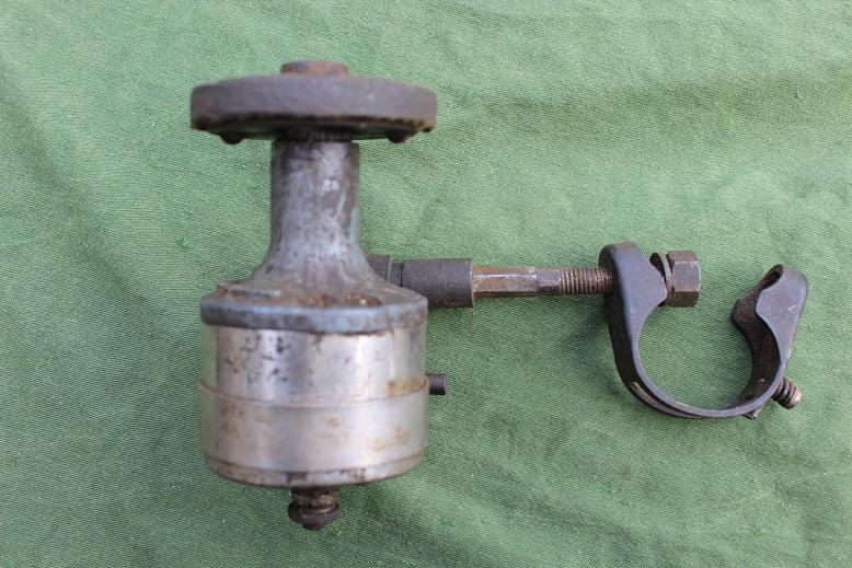 NOVILUX MOTO 4442 band  vliegwiel dynamo generator tire / flywheel dynamo 1920's