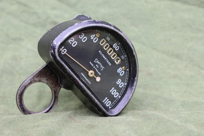 SMITHS S538/K 110 KM D type chronometric speedometer tacho kilometer teller