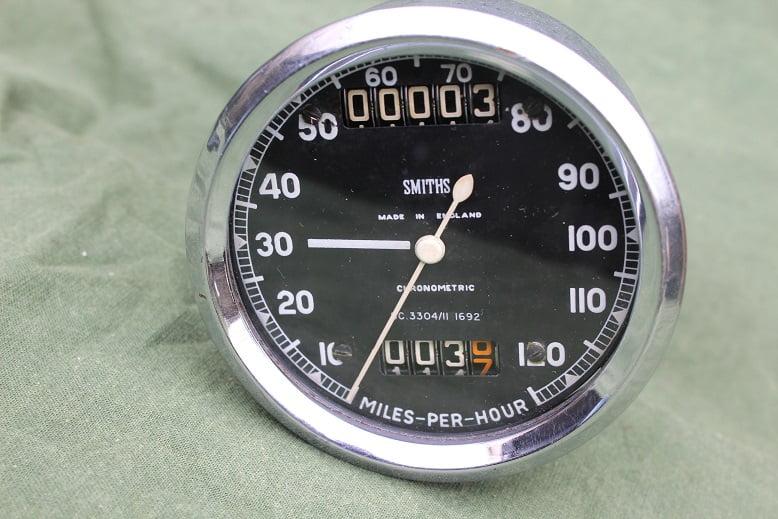 SMITHS SC3304/11  1692 120 Mph chronometric speedometer tacho mijlenteller TRIUMPH