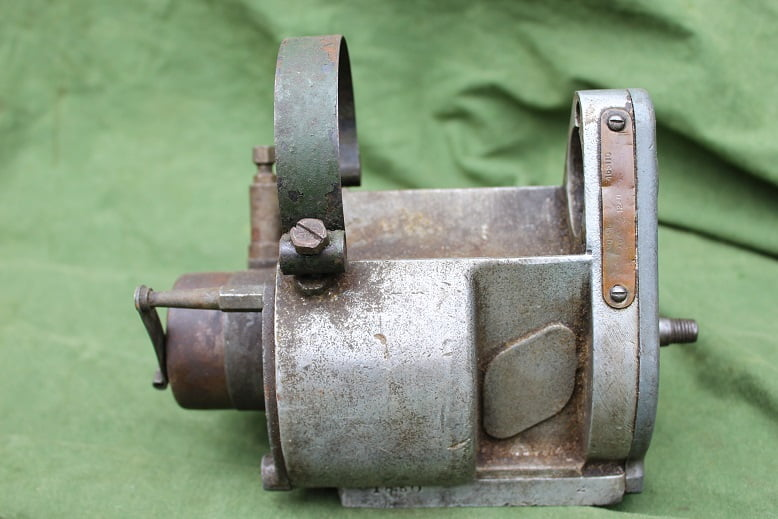 LUCAS MO1'4 1940 ontstekings magneet magneto zundmagnet BSA ??
