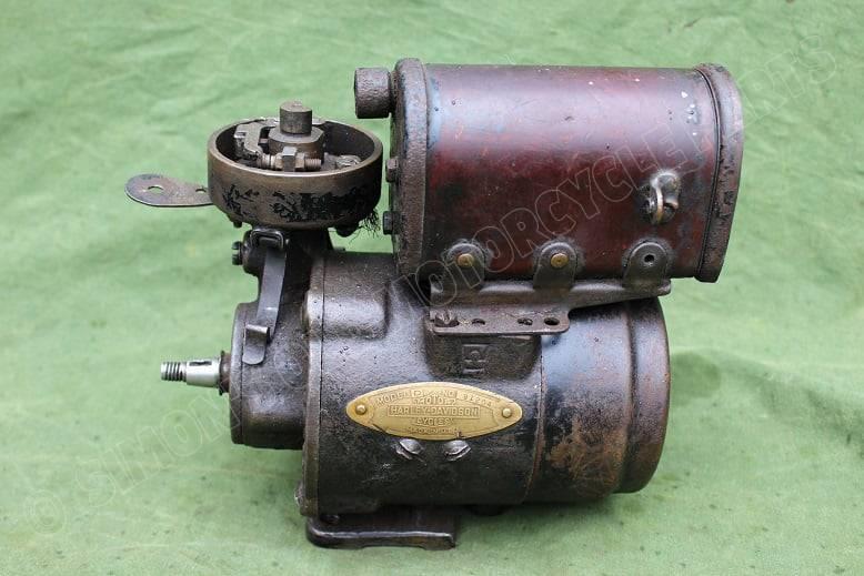 HARLEY DAVIDSON 1920's model D dynamo lichtmachine  generator
