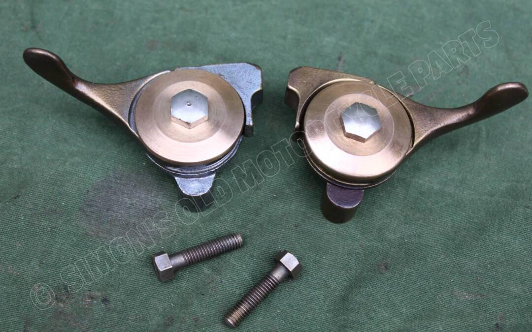 2 bronzen DOHERTY ?? manettes set bronze Doherty ??  levers hebel choke ignition