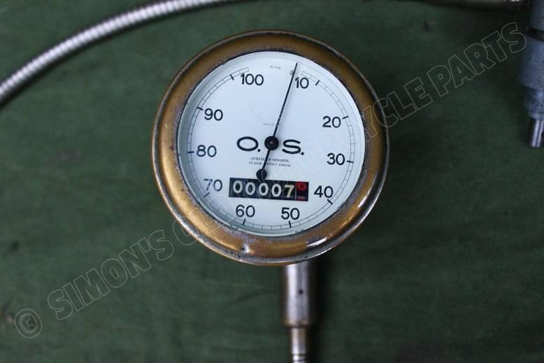 O.S. 100 KM kilometer teller met aandrijving en kabel speedometer with drive and cable 1930's