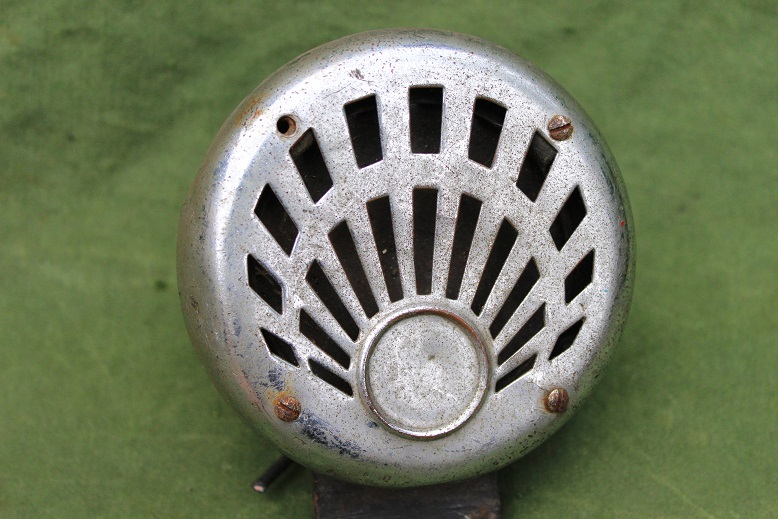 CLEARHOOTERS LF 230 6 volts 1930's claxon horn hupe Calthorpe Douglas BSA etc. HELD reserved