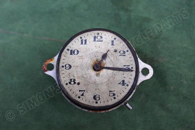 mechanisch klokje jaren 30 auto ? PKW Uhr ? car watch ?